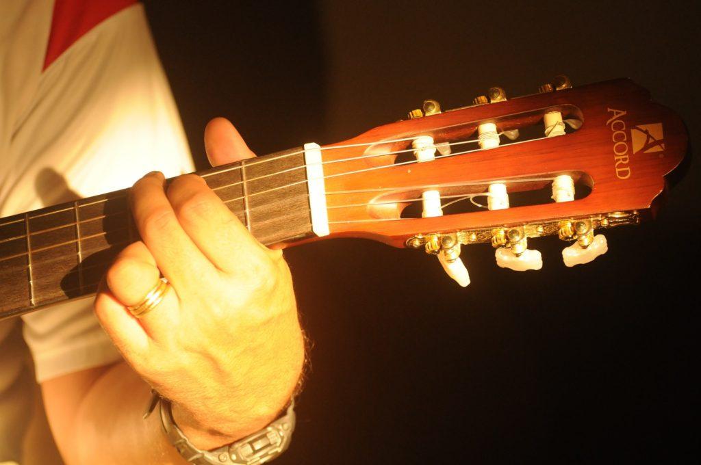 musical-instrument-440394_1920
